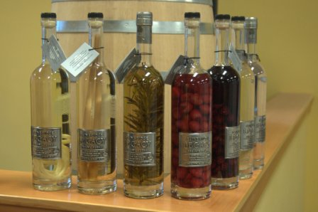 bainbridge_organic_distillers_bottles