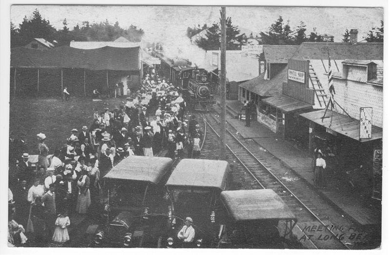 clamshell railroad