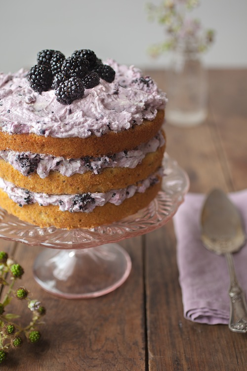 ... 2014 Issues / Blackberry and Hazelnut Layer Cake with White Chocolate