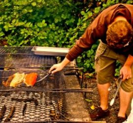 picnic_grilling_salmon